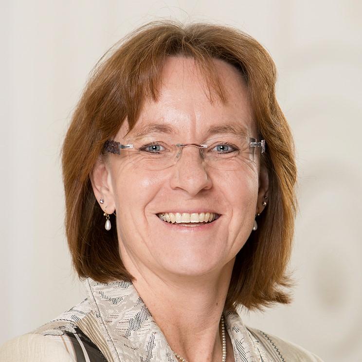 Porträt von Prof. Dr. Eva Gallmann
